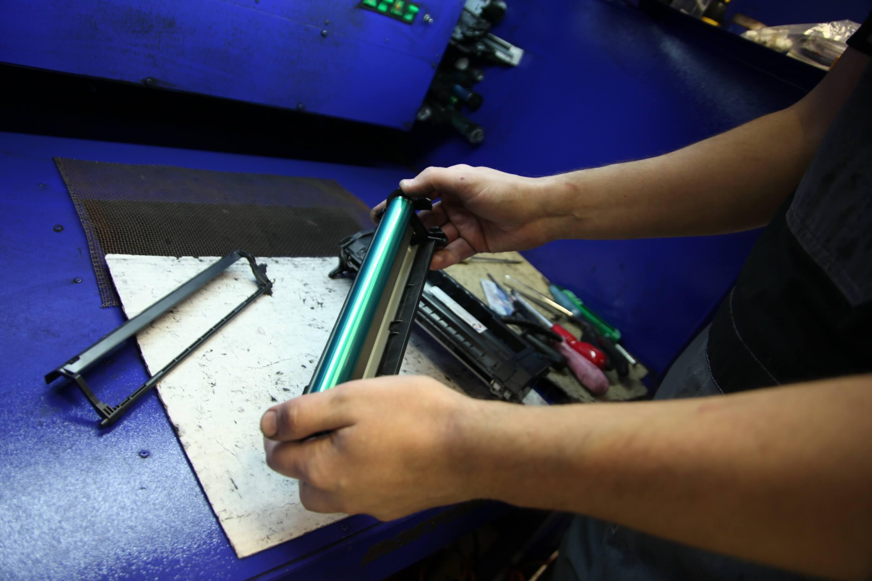 Как сделать принтер  под все картриджи